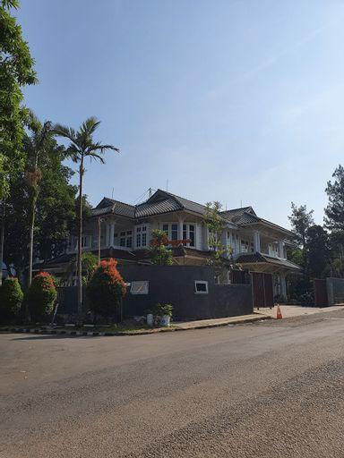 LA Rengganis Pajajaran, Bogor