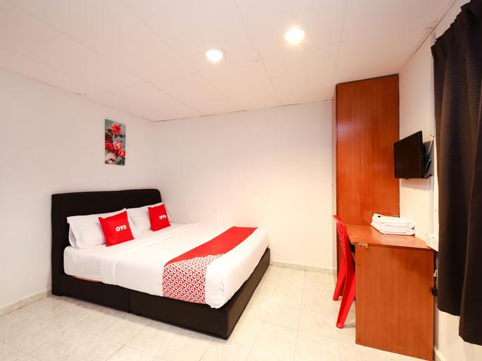 OYO 1132 Azimaju Guesthouse, Kota Melaka