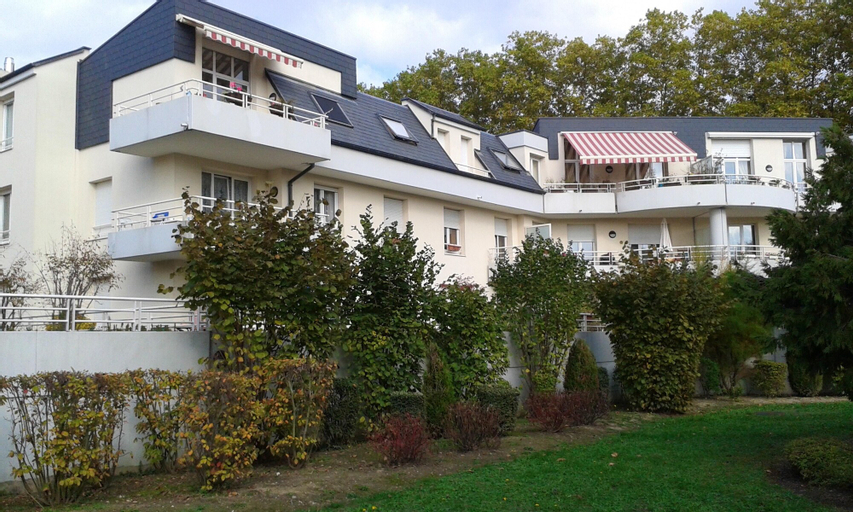 Apartment With one Bedroom in Illkirch-graffenstaden, With Furnished Terrace and Wifi - 2 km From the Beach, Bas-Rhin