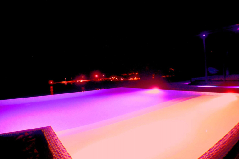 Villa with 5 bedrooms in Vila Franca do Campo, with wonderful sea view, private pool, enclosed garde, Vila Franca do Campo