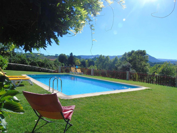 House With 3 Bedrooms in Fermil, Santa Tecla de Basto, With Shared Pool, Enclosed Garden and Wifi, Celorico de Basto
