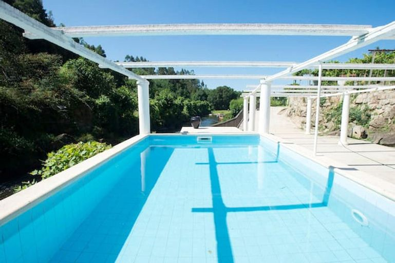 Villa With 3 Bedrooms in Parada, With Private Pool and Wifi, Paredes