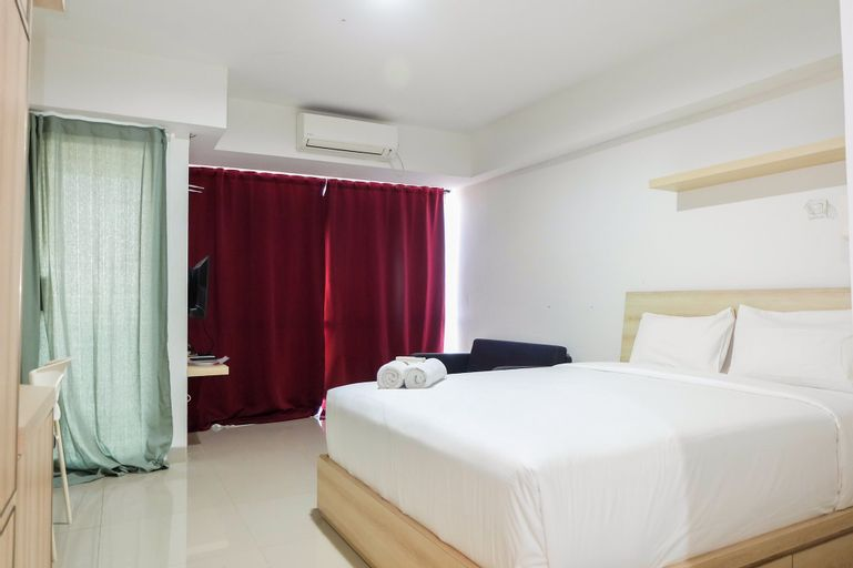 Best Price Modern Studio The H Residence near MT Haryono By Travelio, East Jakarta