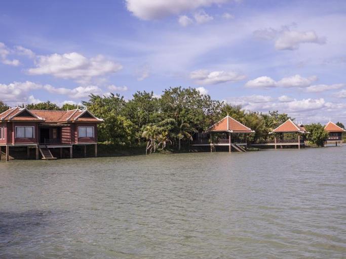 Bronze Lake Resort, Baray
