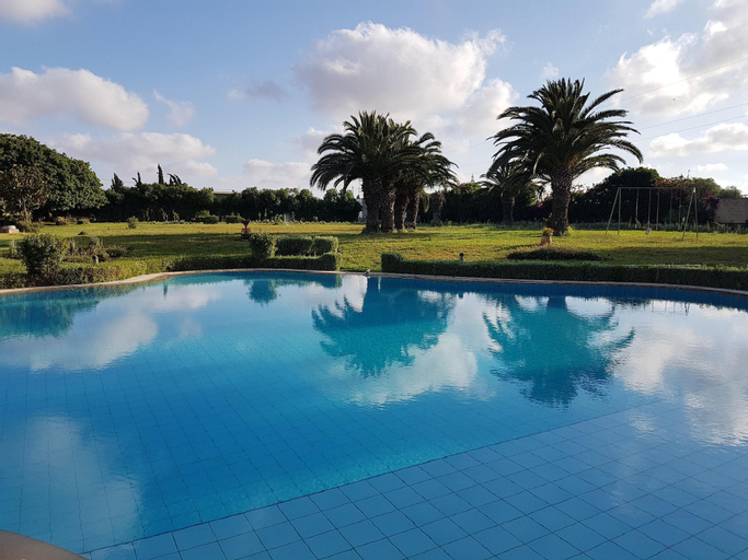 Villa With one Bedroom in Bouskoura, With Shared Pool and Enclosed Garden - 12 km From the Beach, Casablanca