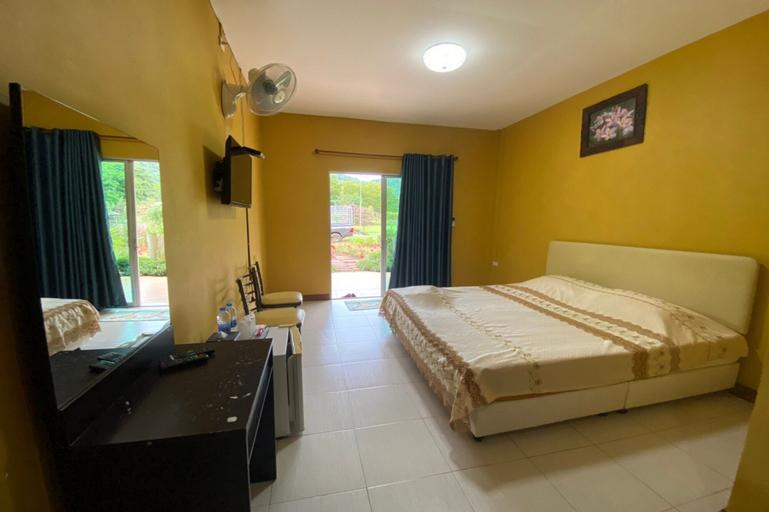 OYO 75347 The First Camp Resort At Khaoyai, Pak Chong