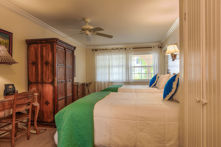 The Caribbean Court Boutique Hotel, Indian River