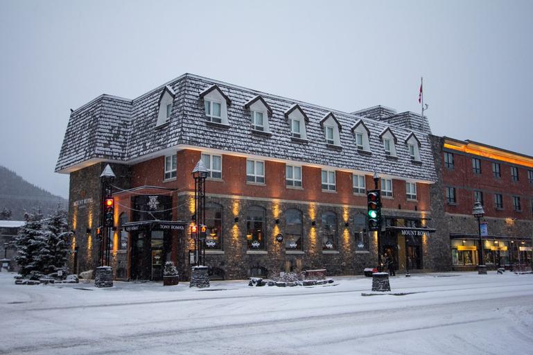 Mount Royal Hotel, Division No. 15