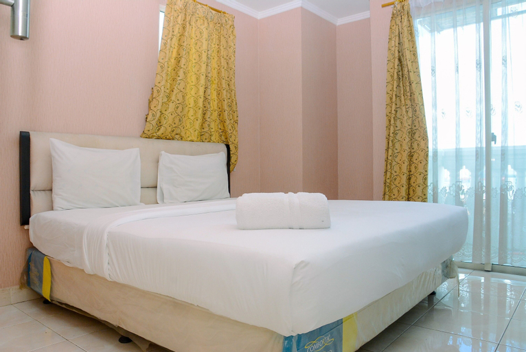 Minimalist and Cozy 2BR Apartment at The Boulevard By Travelio, Central Jakarta