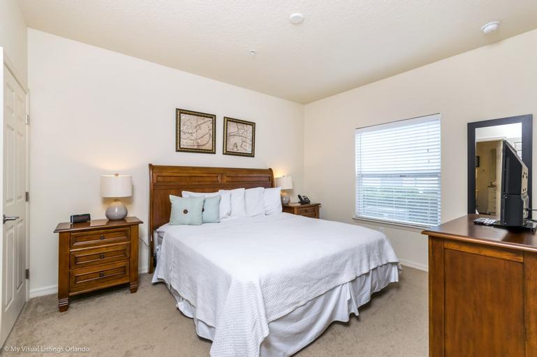 Lucaya Village Resort 4 Bedroom Townhome 2901, Orange