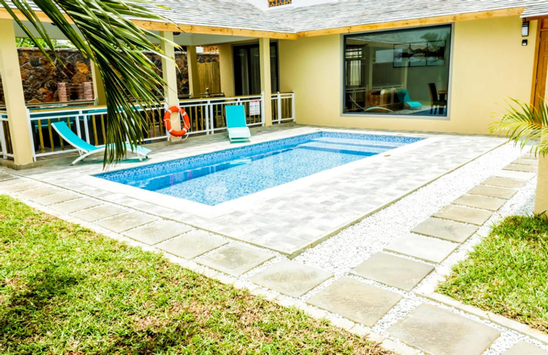 Villa With 3 Bedrooms in Pointe aux Canonniers, With Private Pool, Enclosed Garden and Wifi - 100 m From the Beach,