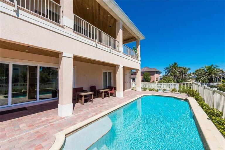 Flagler Dream, 6 Bedroom, Sleeps 14, Private Pool, Ocean View, Flagler