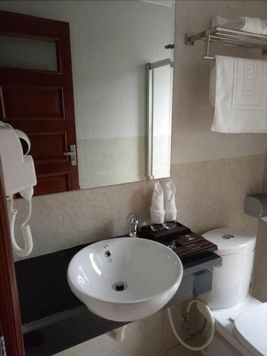 Hoang Phu Gia Hotel, Hạ Long