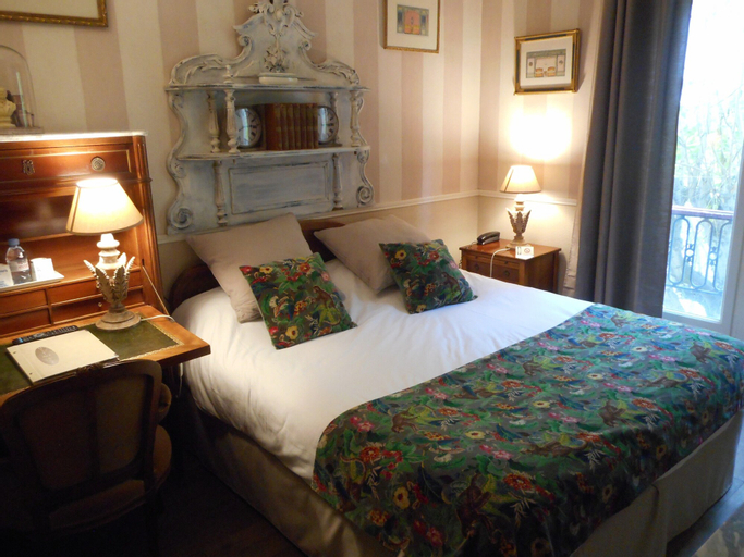 Hotel de l'Avre, Paris
