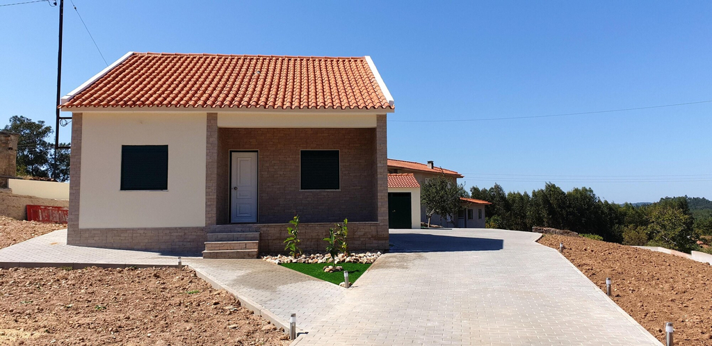 House With 3 Bedrooms in Espinhal, With Wonderful Mountain View, Enclosed Garden and Wifi - 50 km From the Beach, Penela