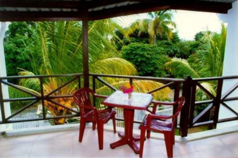 Apartment With 3 Bedrooms in Mont Choisy, With Enclosed Garden and Wifi,