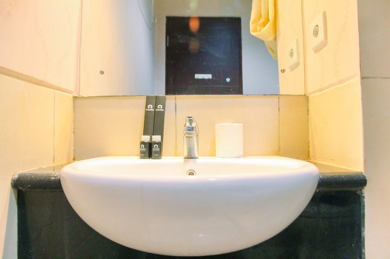 Relaxing Studio Apartment at Mangga Dua Residence By Travelio, Central Jakarta