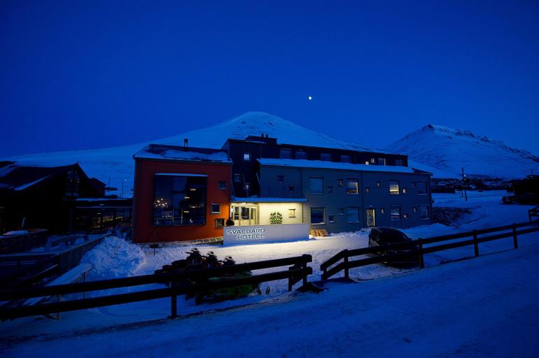 Svalbard Hotell - Polfareren,