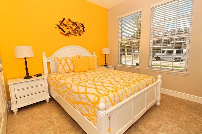 5132oa 5 bed With Games Room and spa, Polk