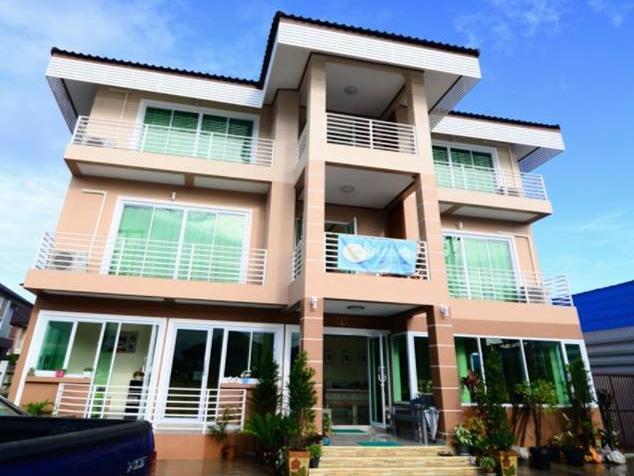 Laksasuk House, Mae Sot
