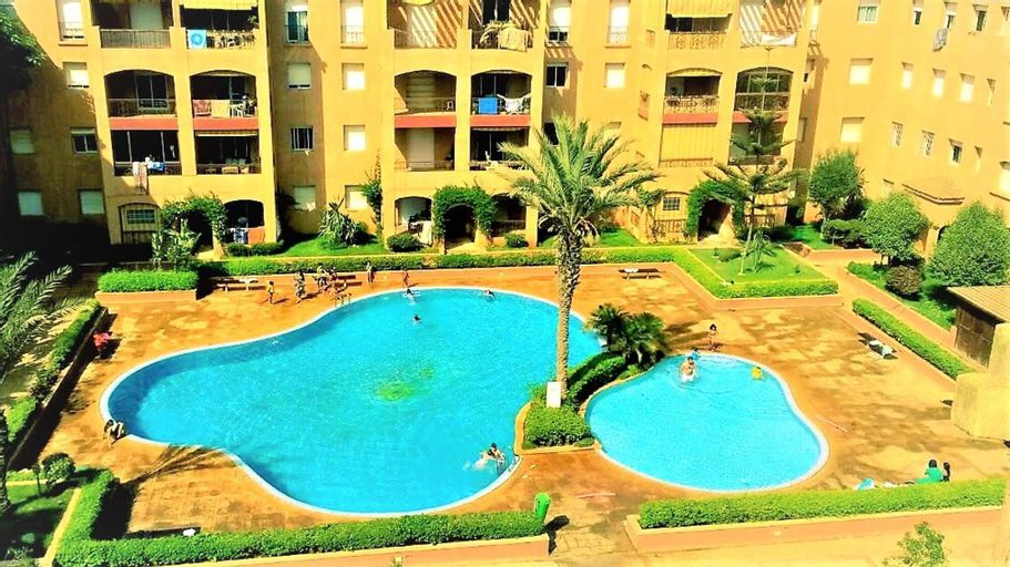 Apartment With one Bedroom in Mohammedia, With Shared Pool and Enclosed Garden - 300 m From the Beach, Ben Slimane