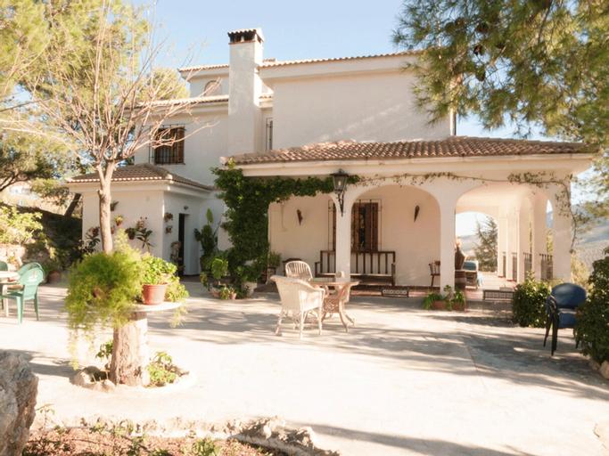 Villa With 5 Bedrooms in La Guardia de Jaén, With Wonderful Mountain V, Jaén