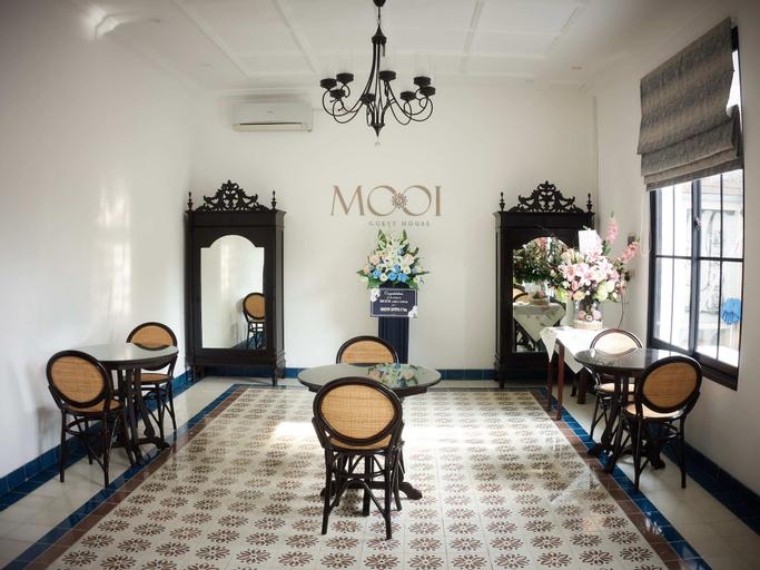 Mooi House by ZIRI, Surabaya