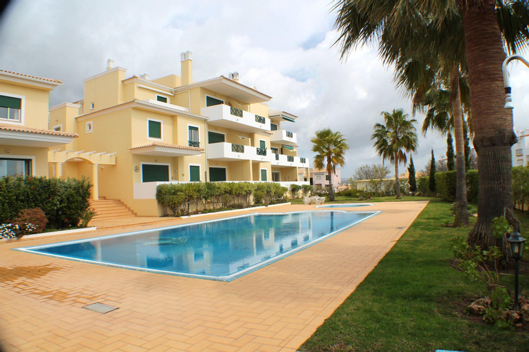 Apartment With 2 Bedrooms in Albufeira, With Pool Access, Enclosed Gar, Albufeira