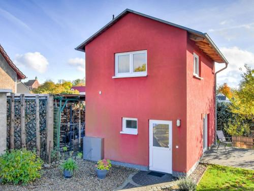Modern Holiday Home in Gustow near Baltic Sea, Vorpommern-Rügen