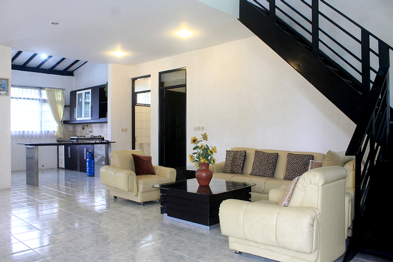 Villa Hosta, Bandung