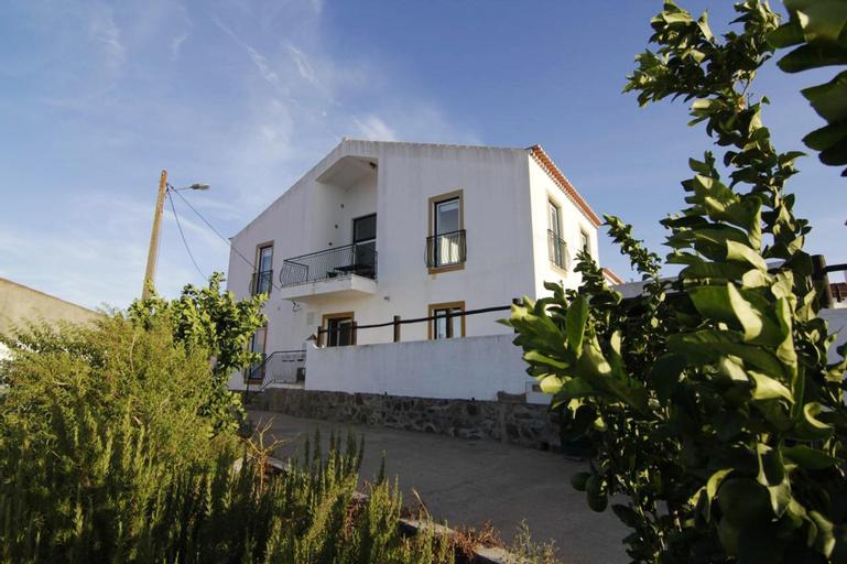 House With 7 Bedrooms in Corte de Pao E Agua, With Enclosed Garden and Wifi, Mértola
