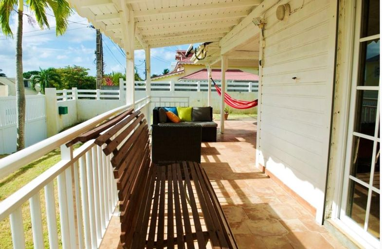 House With 3 Bedrooms in Sainte-anne, With Enclosed Garden and Wifi, Sainte-Anne