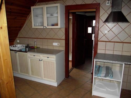 Zulu Cafe Apartment, Rétság