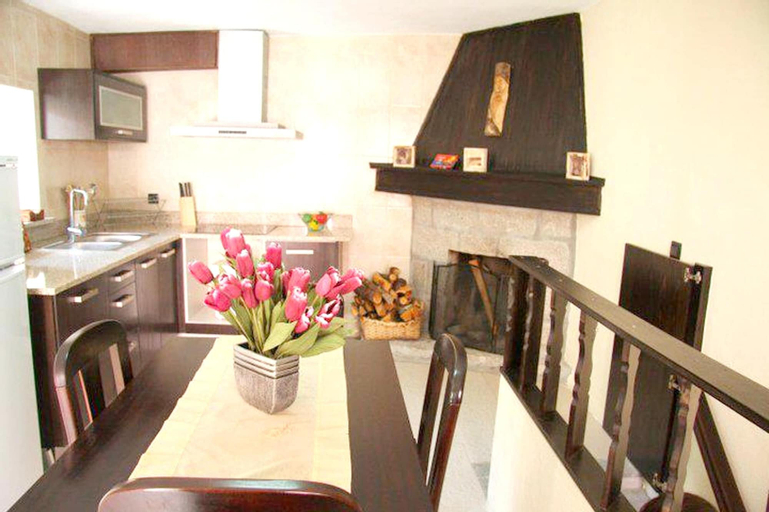 House With 7 Bedrooms in Santa Eulália, With Furnished Terrace - 25 km, Seia
