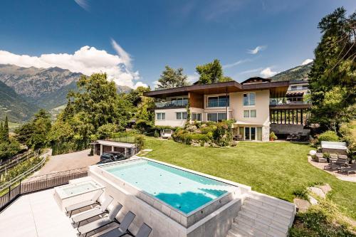 Schenna Chalet - Luxury Panoramic Apartments, Bolzano
