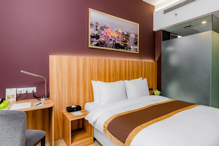 Bay Hotel Ho Chi Minh, Quận 1