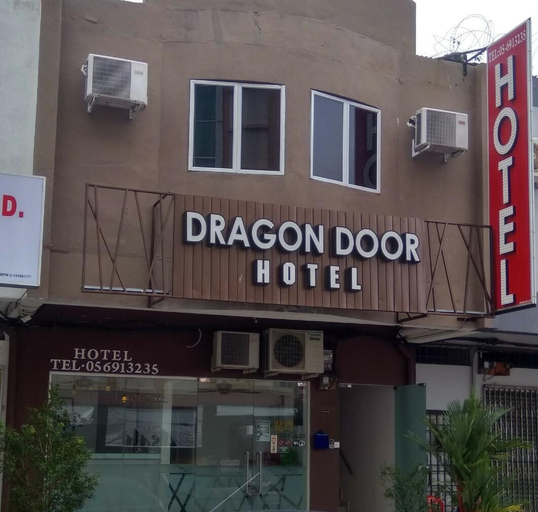 Dragon Door Hotel, Manjung