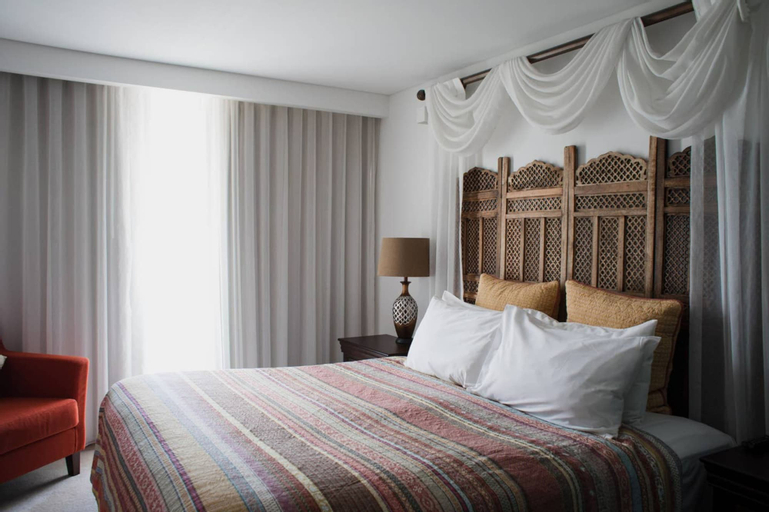 The Nest - Boho Bedroom Near the City With Roof Terrace, Vincent