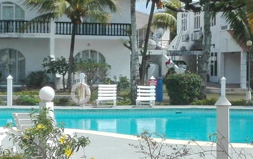 House With 3 Bedrooms in Pereybere, With Shared Pool, Furnished Garden and Wifi - 1 km From the Beach,