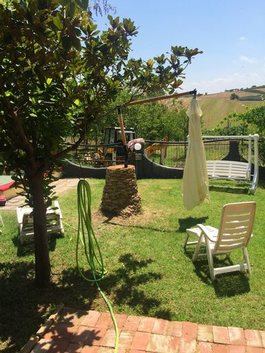 House With 3 Bedrooms in Montenero di Bisaccia, With Wonderful sea Vie, Campobasso