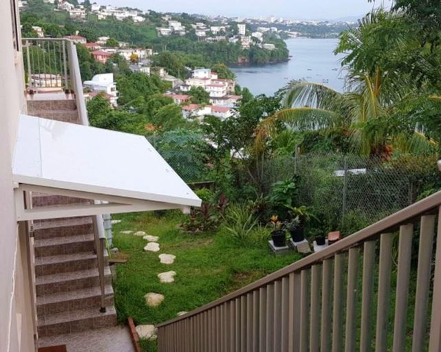 Apartment With one Bedroom in Schoelcher, With Wonderful sea View, Enclosed Garden and Wifi - 4 km From the Beach, Schœlcher