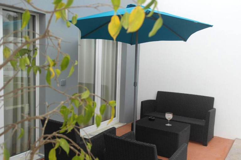 House With one Bedroom in Atalaia, With Shared Pool, Enclosed Garden and Wifi - 3 km From the Beach, Lourinhã