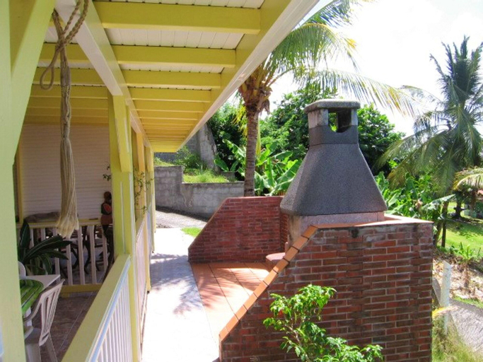 House With one Bedroom in Le Diamant, With Wonderful sea View, Enclosed Garden and Wifi, Le Diamant