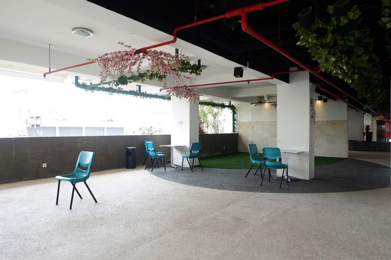 Spacious Studio Apartment at Pavilion Permata By Travelio, Surabaya