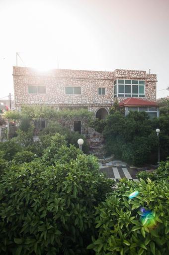 Beit Al Baraka, Tayybeh