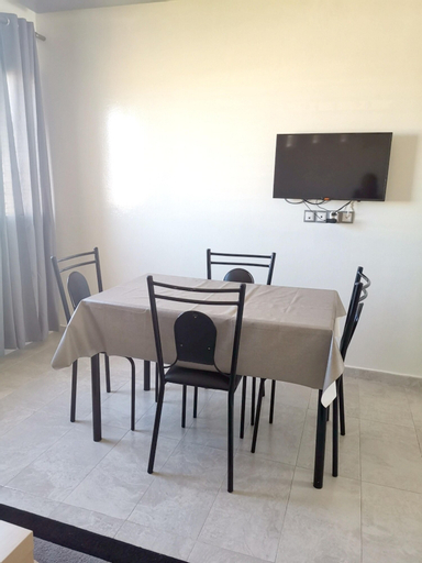Apartment With one Bedroom in El Mansouriya, With Wonderful sea View, Shared Pool and Balcony, Ben Slimane
