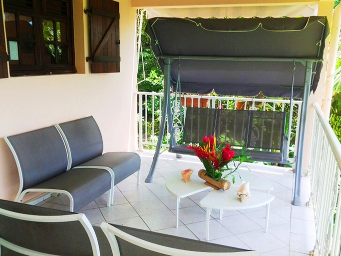 Apartment With 2 Bedrooms in Le Lamentin, With Wonderful Mountain View, Enclosed Garden and Wifi - 12 km From the Beach, Le Lamentin