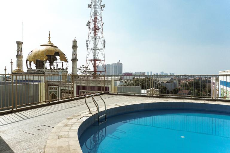 Homey Studio at Saladin Mansion Apartment By Travelio, Depok