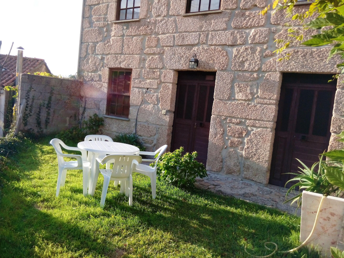 Apartment With 2 Bedrooms in Alvoco da Serra, With Wonderful Mountain, Seia