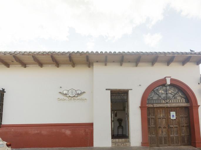 Collection O Casa de Familia, San Cristóbal de las Casas